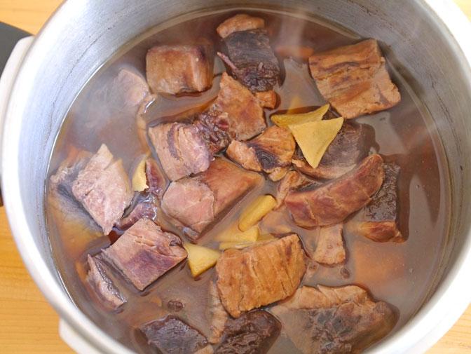 マグロのアラ煮加圧後